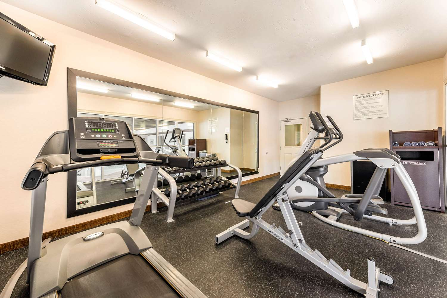 Fitness/ Exercise Room - Quality Inn & Suites Fort Collins
