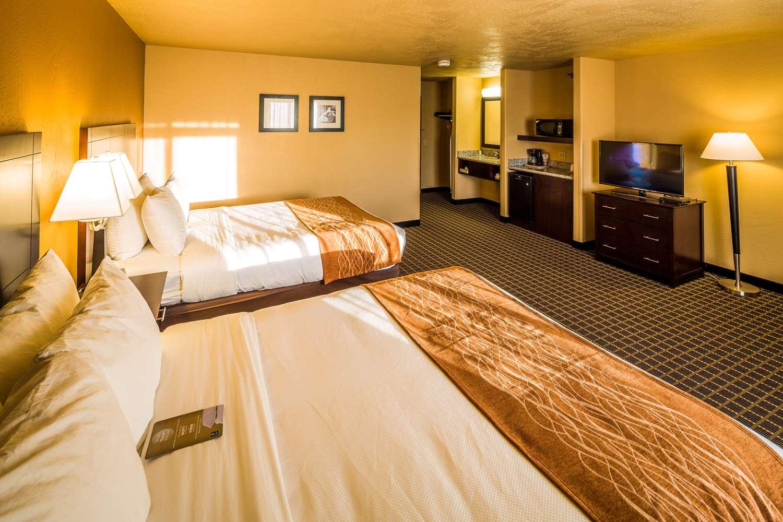 Room - Comfort Inn Gunnison