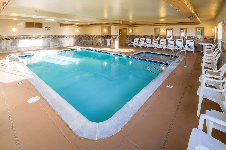 Pool - Comfort Inn Gunnison