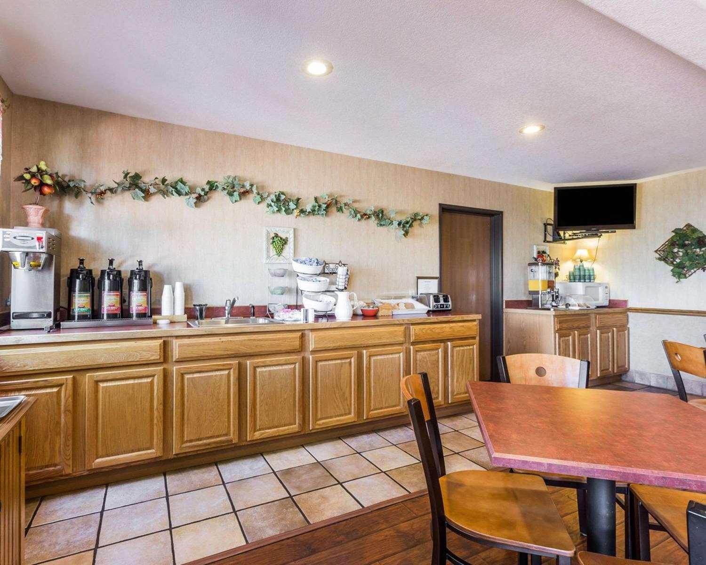 Restaurant - Econo Lodge Pagosa Springs