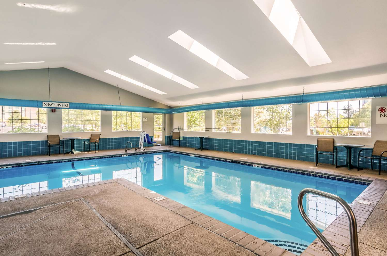 Pool - Quality Inn & Suites Apex Center Westminster
