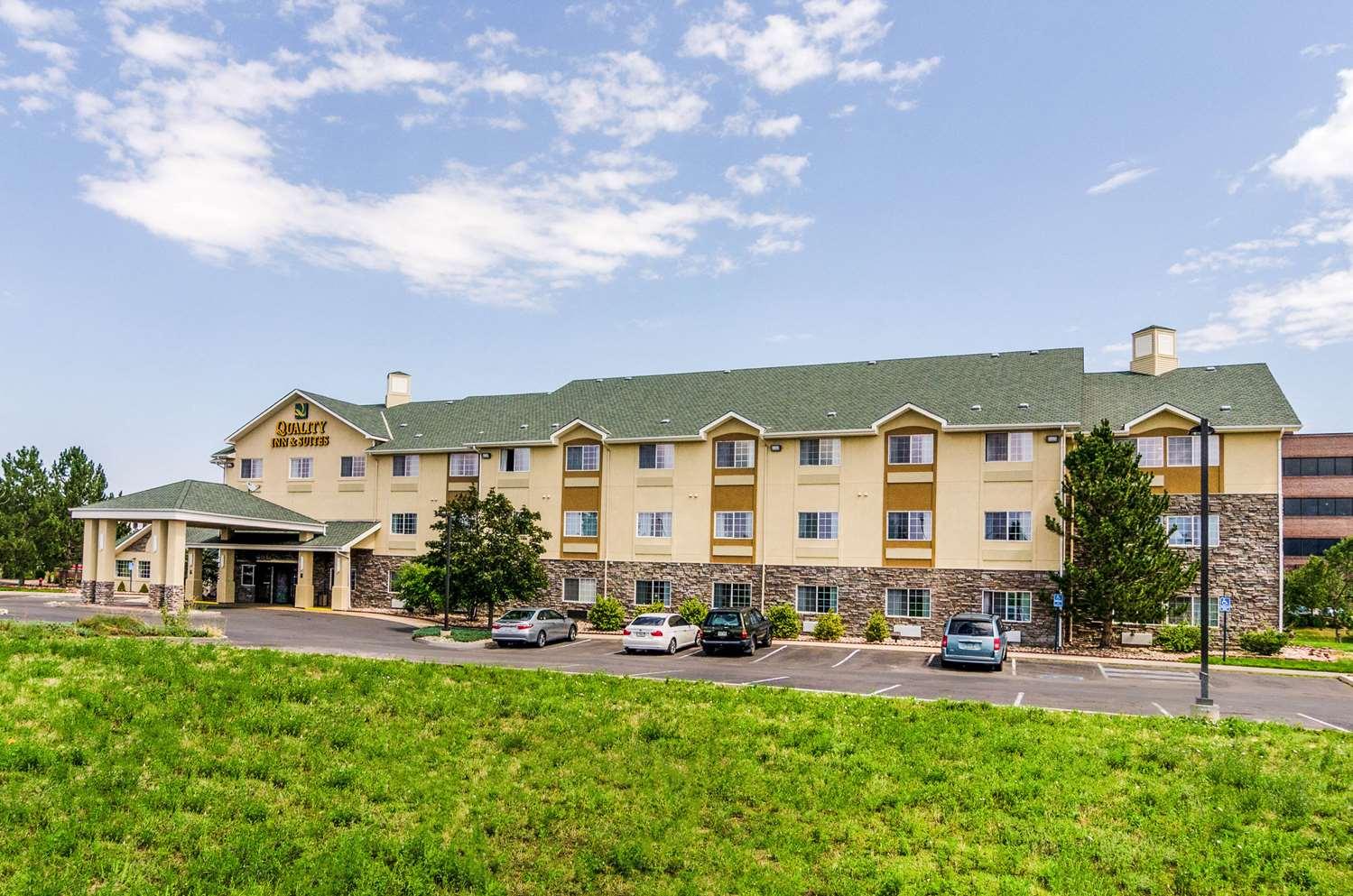 Exterior view - Quality Inn & Suites Apex Center Westminster