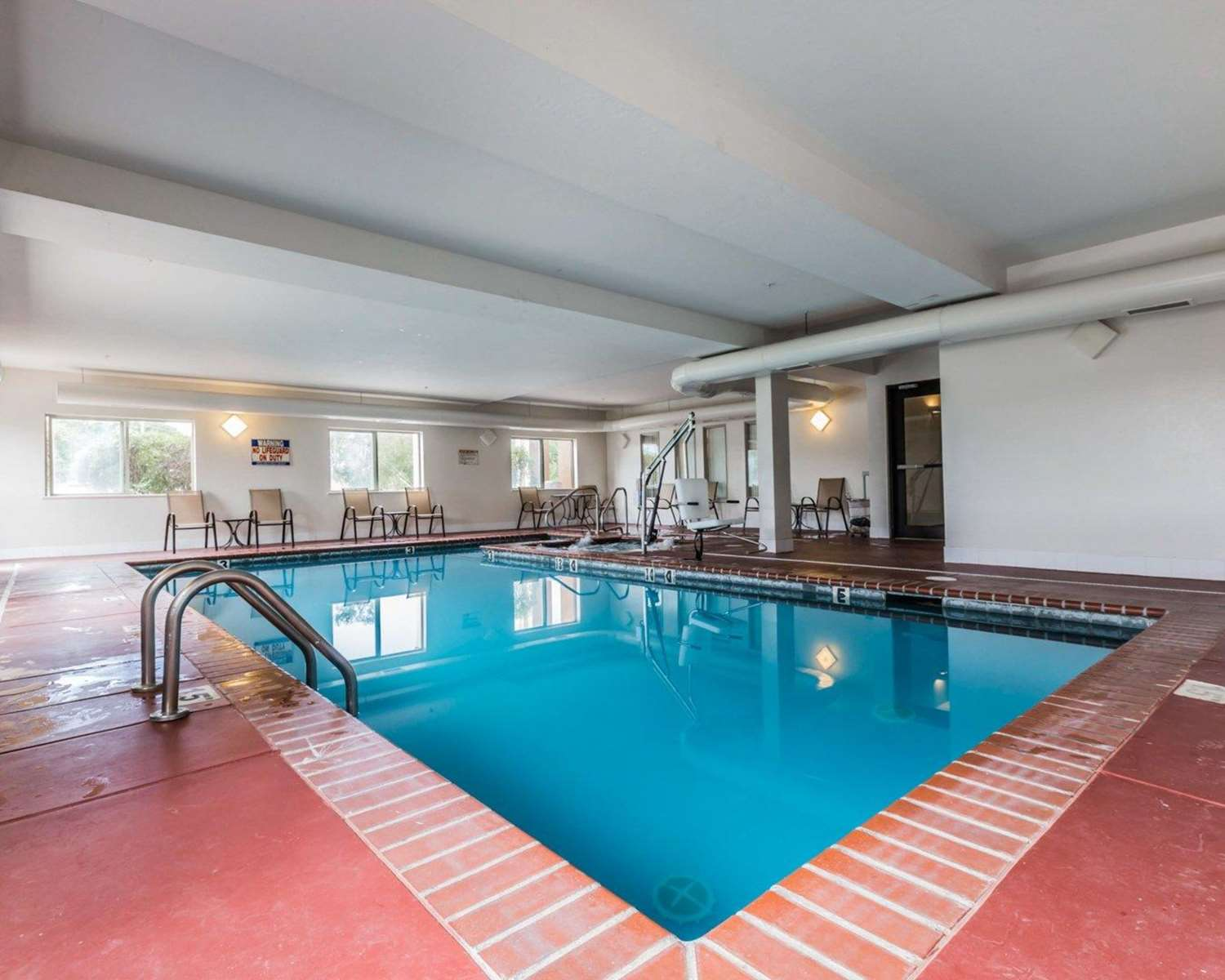 Pool - Quality Inn & Suites Montrose