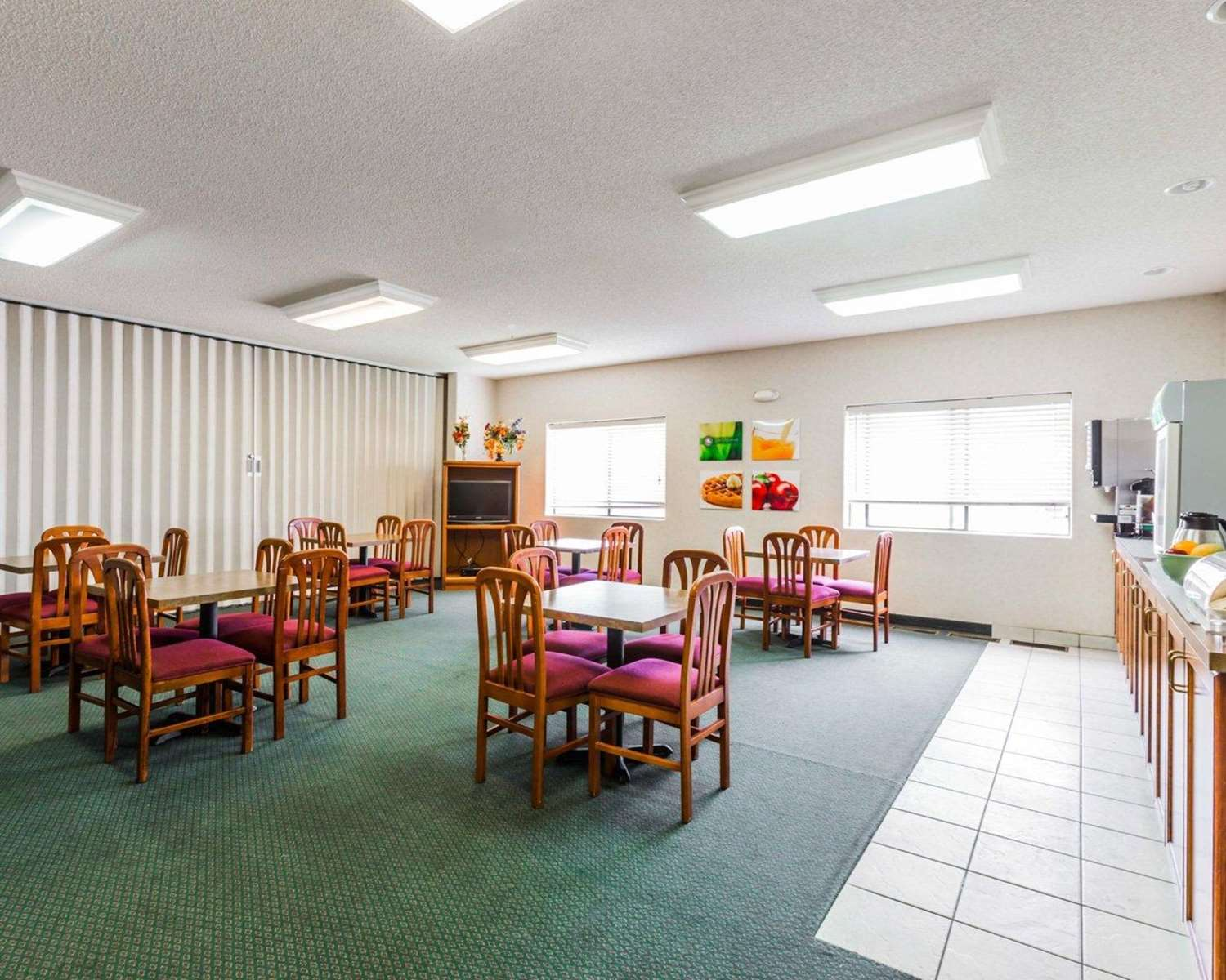 Restaurant - Quality Inn & Suites Montrose