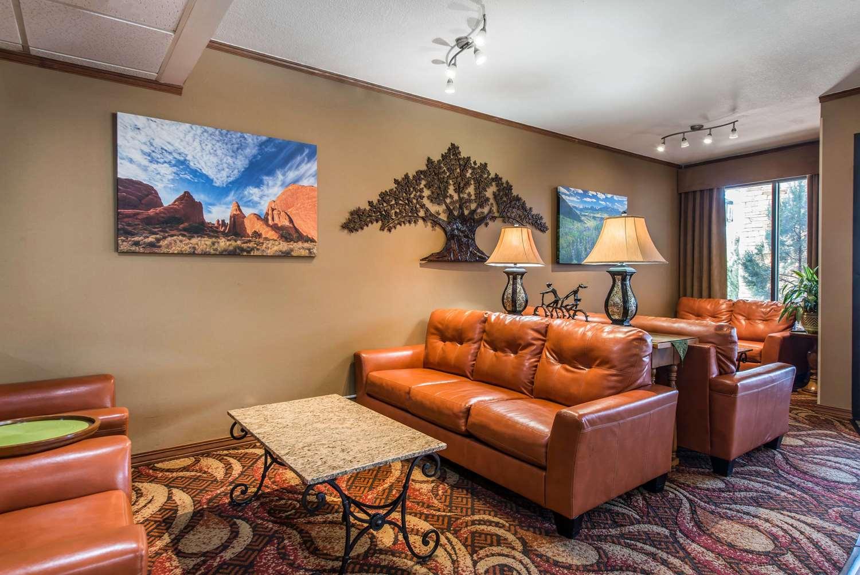 Lobby - Quality Inn South Colorado Springs South