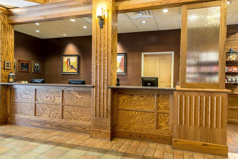 Lobby - Golden Hotel
