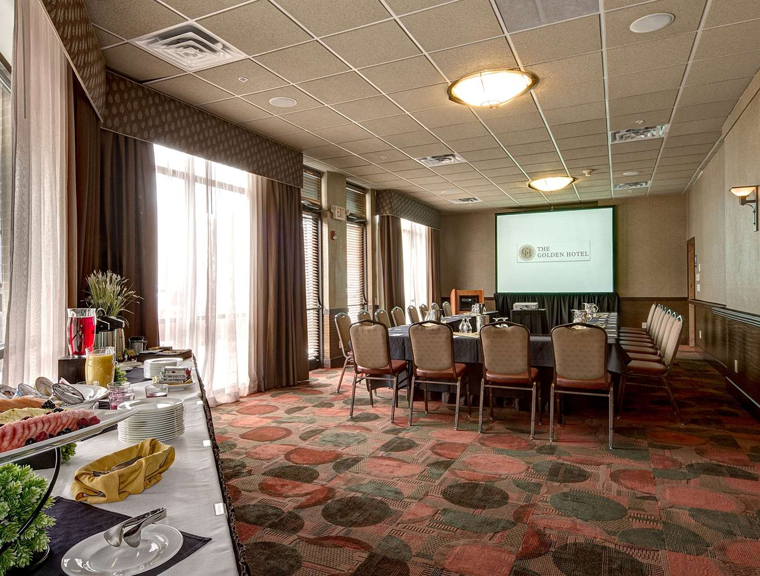 Meeting Facilities - Golden Hotel