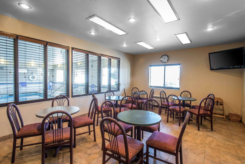 Restaurant - Rodeway Inn Loveland
