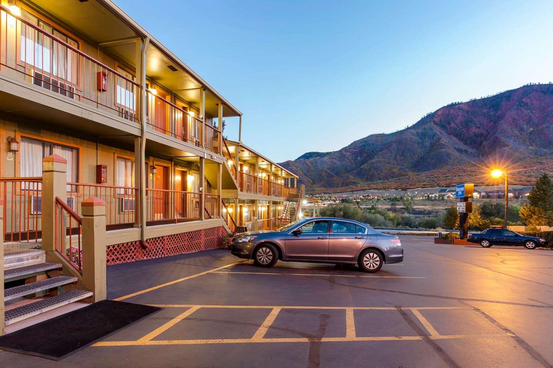 Exterior view - Rodeway Inn Glenwood Springs
