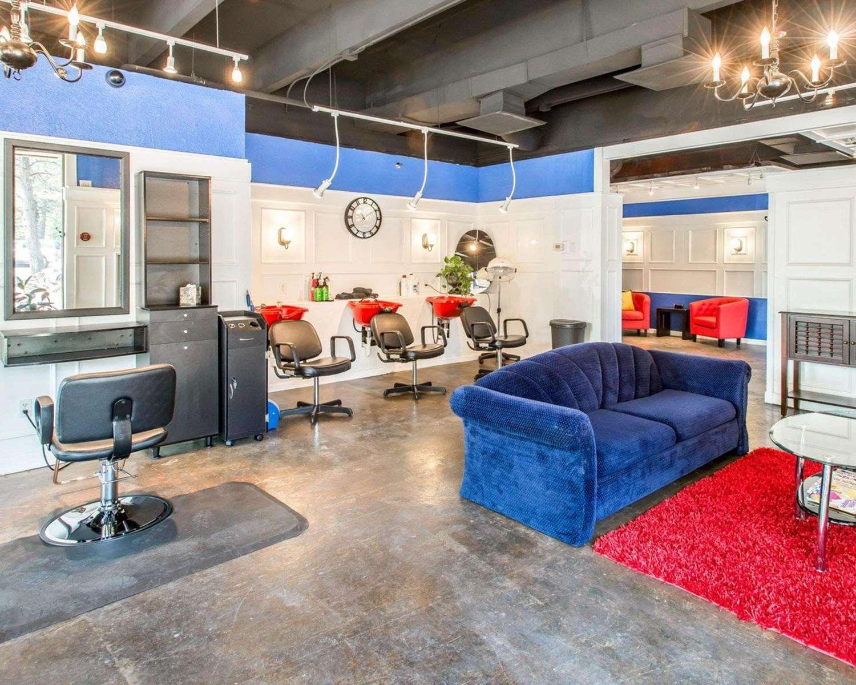 Conference Area - Rodeway Inn & Suites Boulder