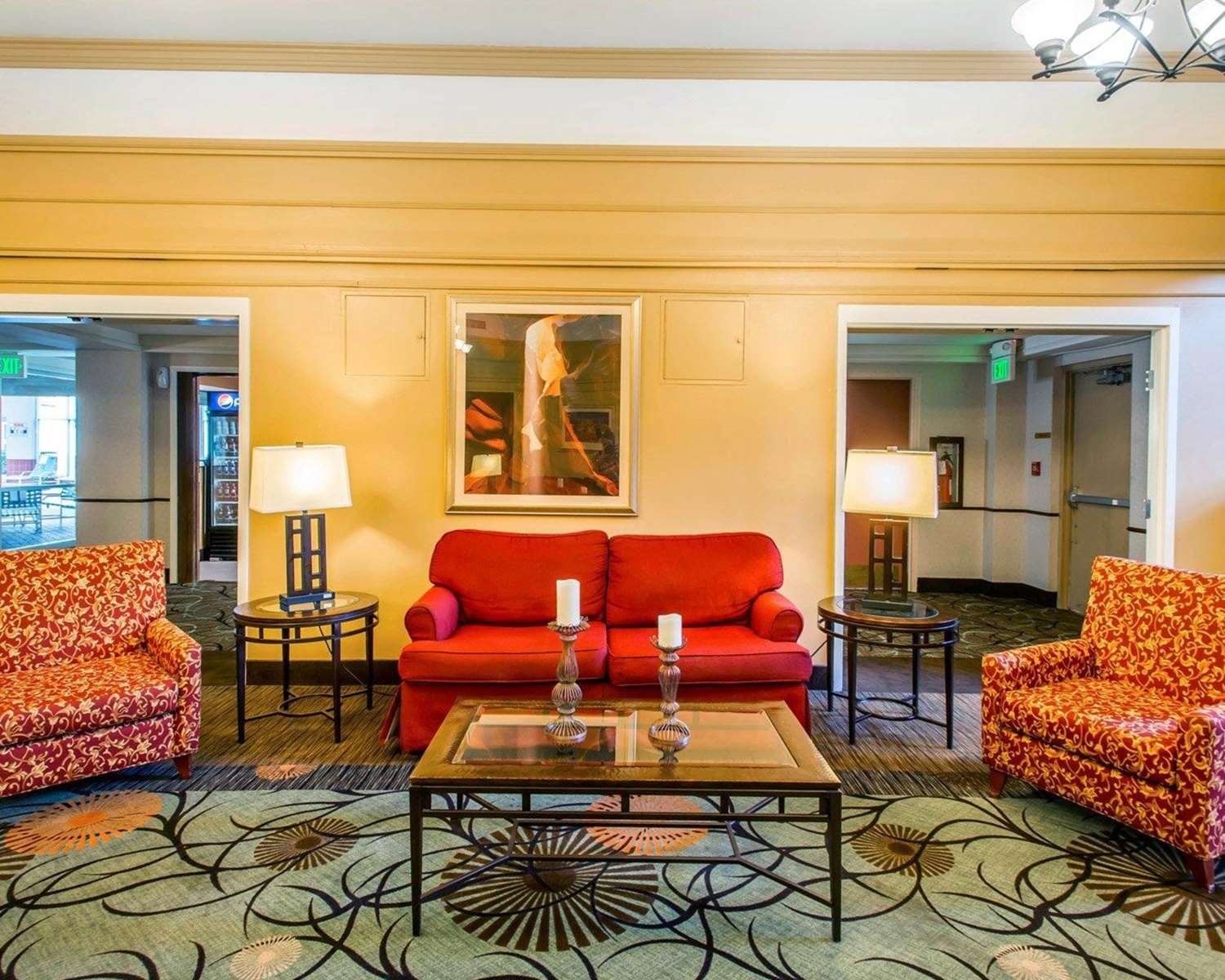 Lobby - Clarion Hotel & Conference Center Greeley