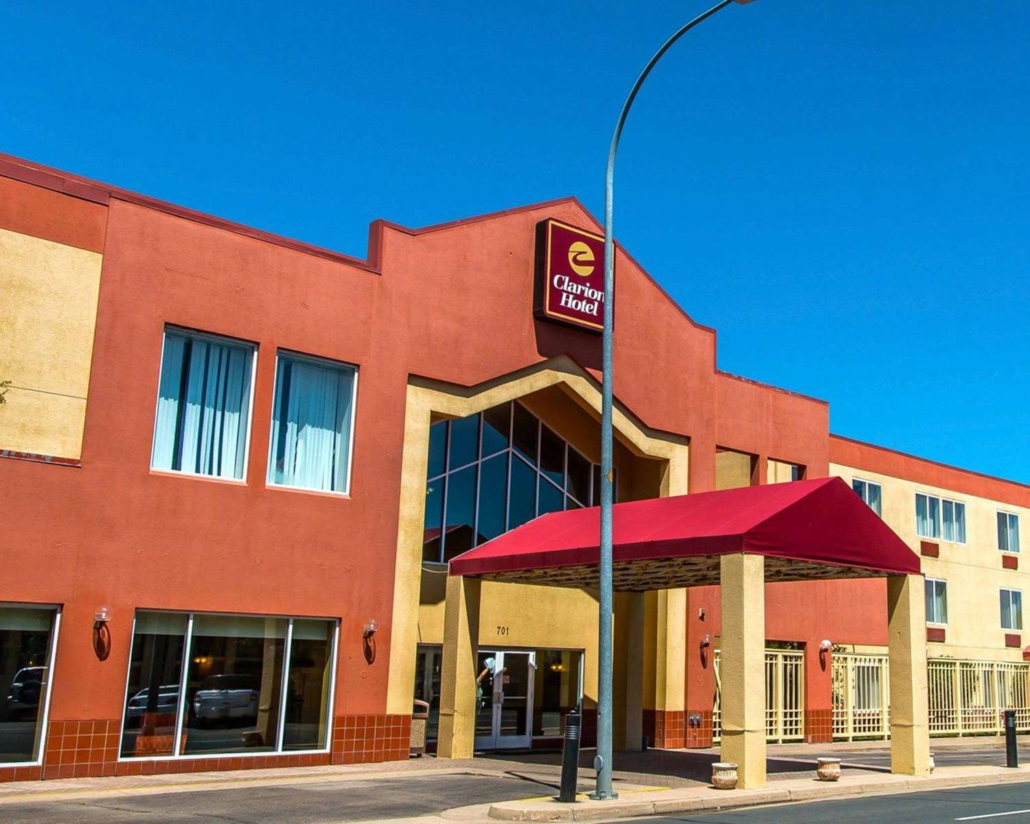 Exterior view - Clarion Hotel & Conference Center Greeley
