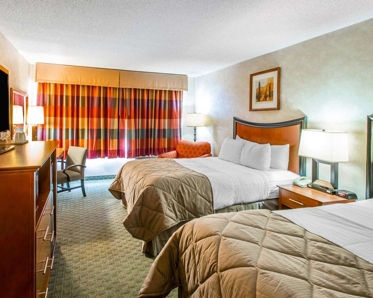 Room - Clarion Hotel & Conference Center Greeley