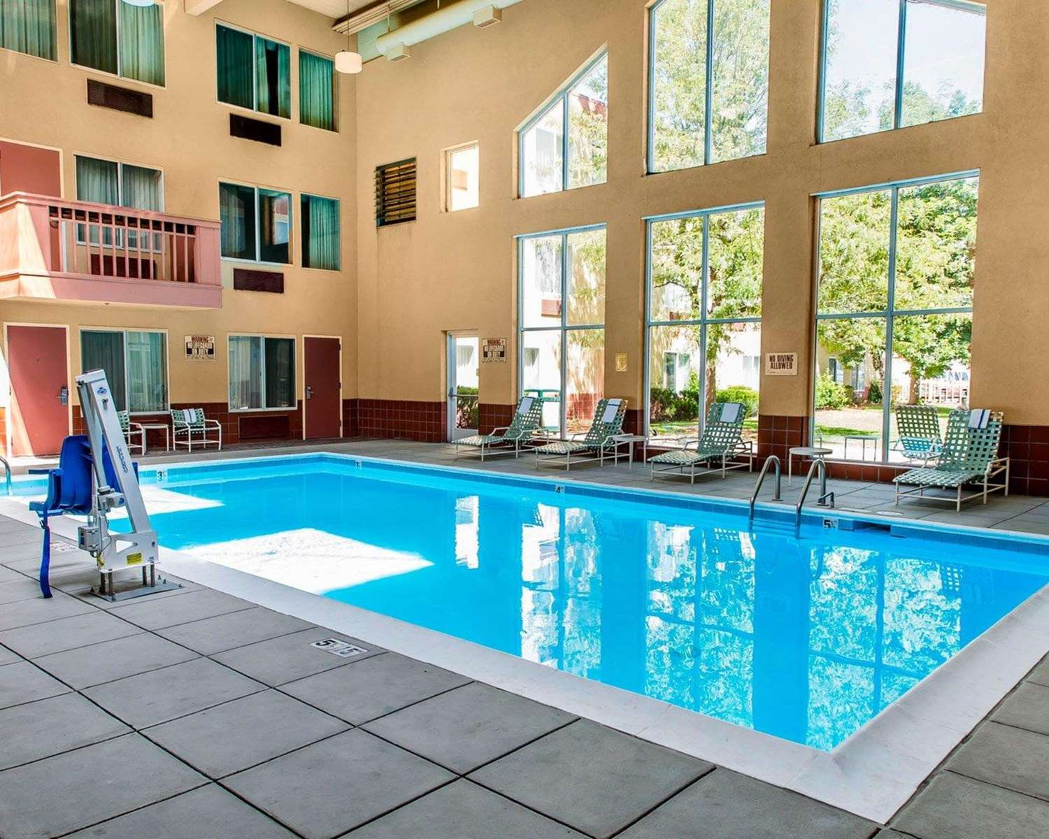 Pool - Clarion Hotel & Conference Center Greeley