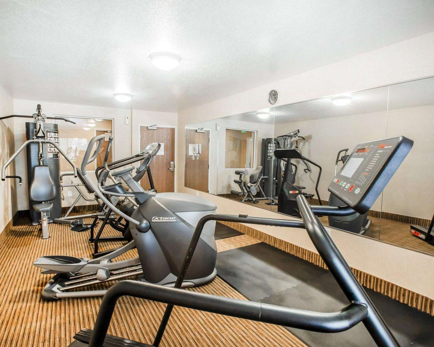 Fitness/ Exercise Room - Quality Inn & Suites Denver