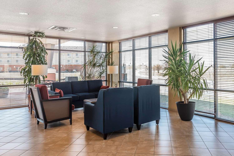 Lobby - Comfort Suites Firestone