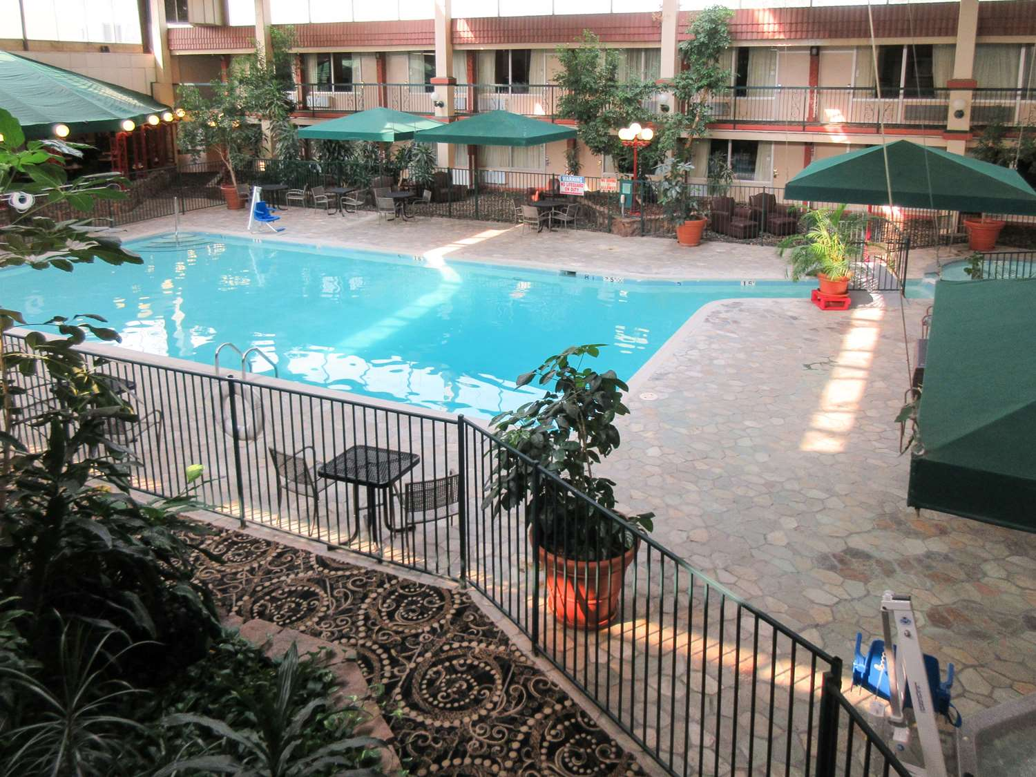 Pool - Clarion Inn Fort Collins