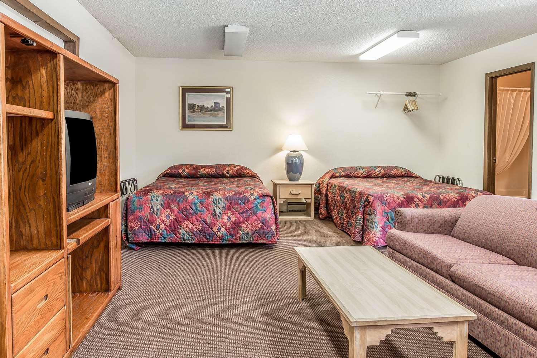 Suite - Rodeway Inn Rifle