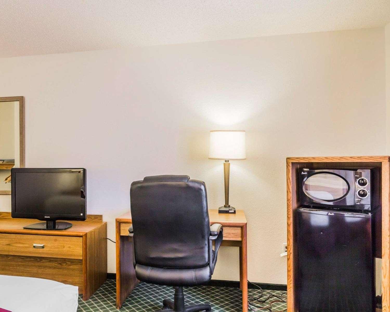 Room - Quality Inn Golden
