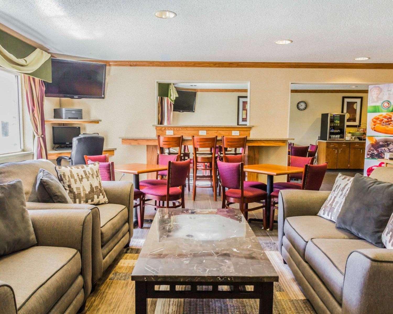 Lobby - Quality Inn Golden