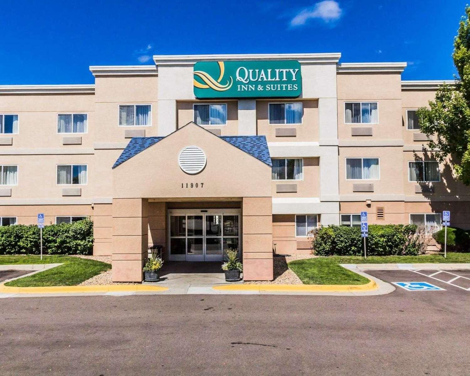 Exterior view - Quality Inn Golden