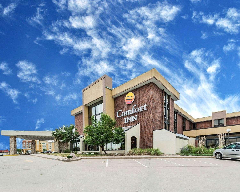 Exterior view - Comfort Inn Airport Denver