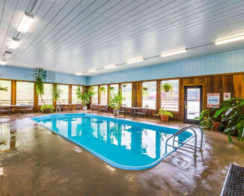 Pool - Quality Inn Pagosa Springs