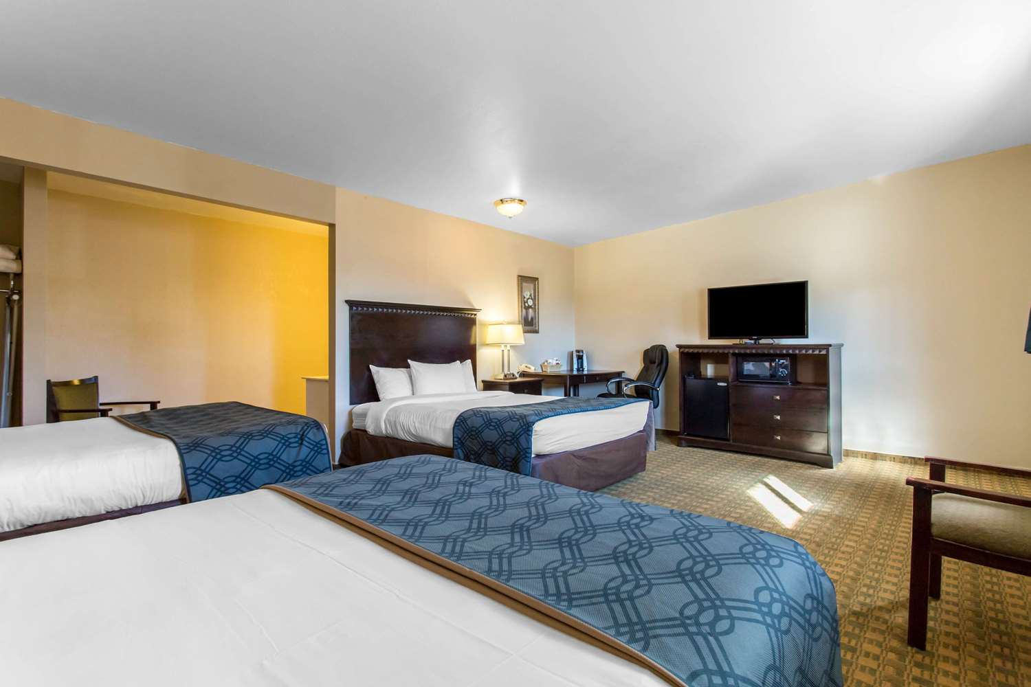 Suite - Econo Lodge Gunnison