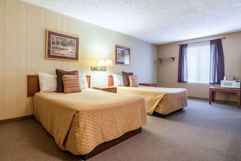 Room - Rodeway Inn Limon