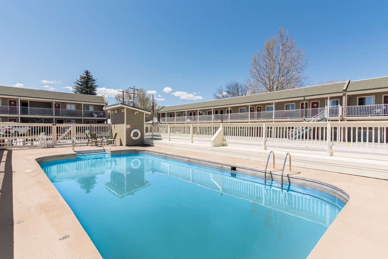 Pool - Rodeway Inn Montrose