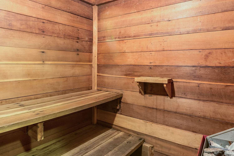 Pool - Rodeway Inn Leadville