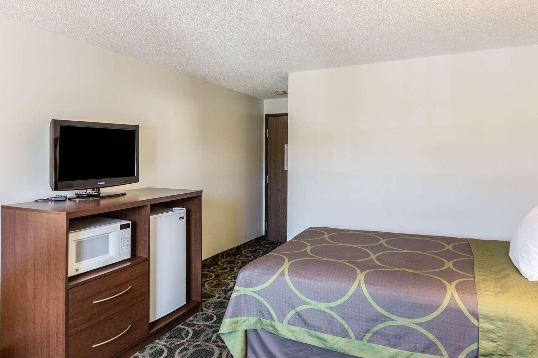 Room - Rodeway Inn Leadville