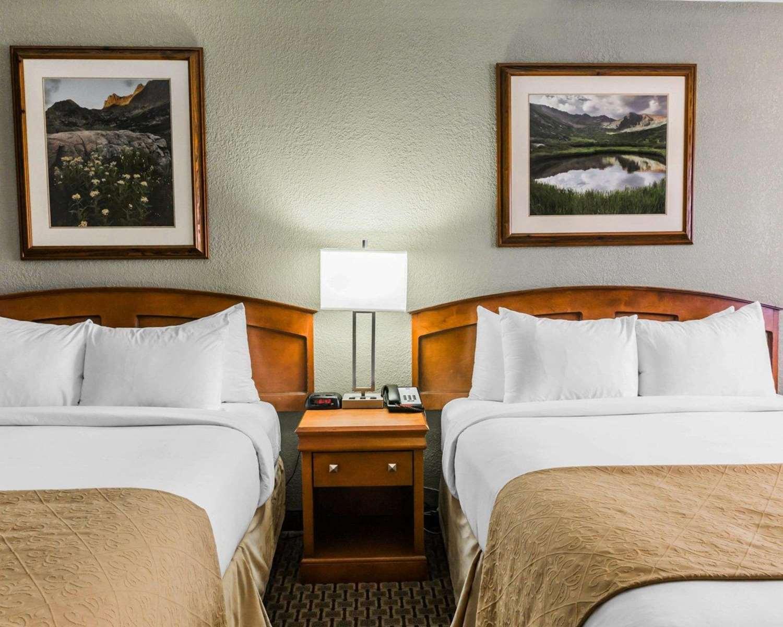 Room - Quality Inn Durango