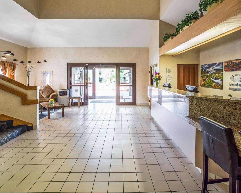 Lobby - Econo Lodge Denver Airport Aurora