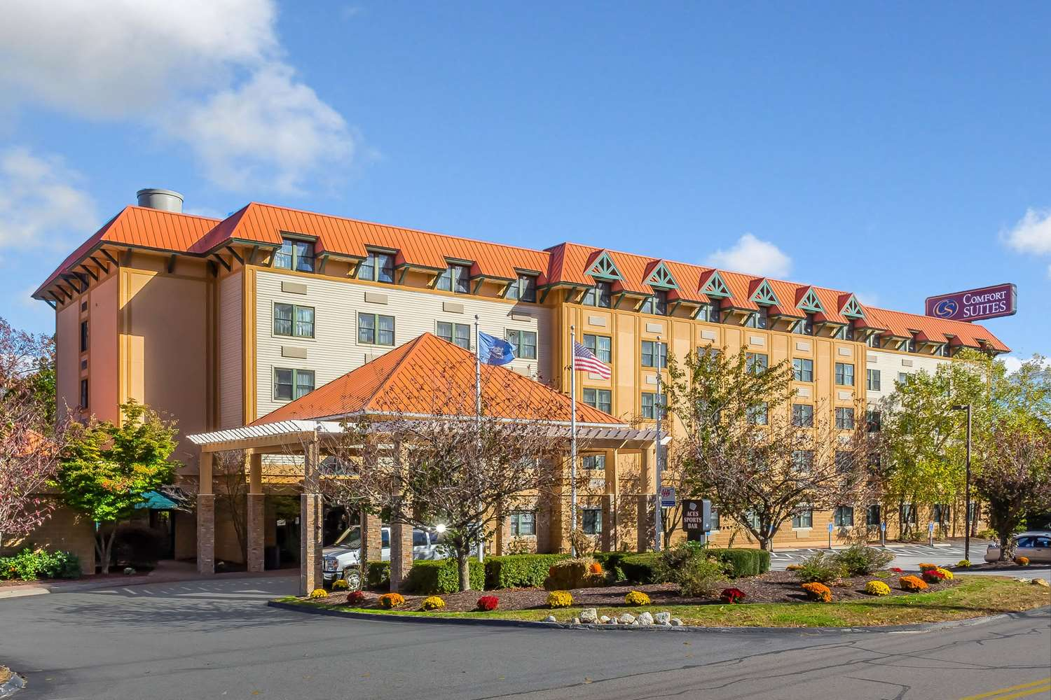 Exterior view - Comfort Inn & Suites Norwich