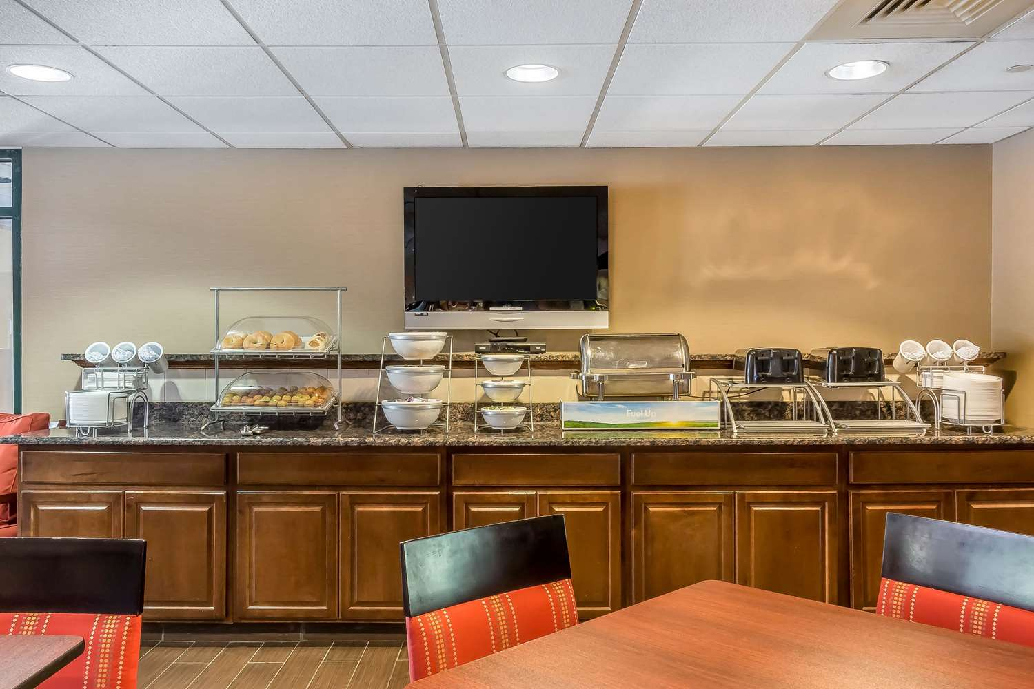Restaurant - Comfort Inn & Suites Norwich