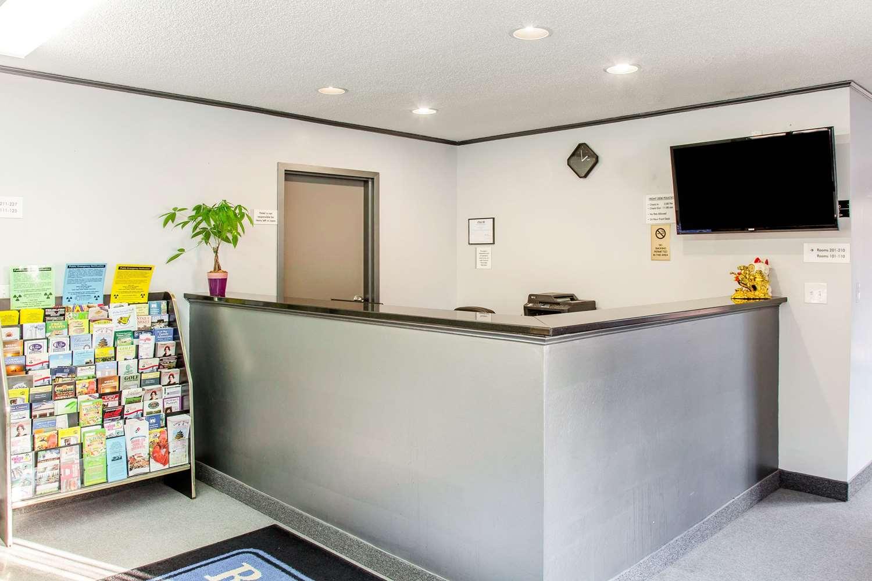 Lobby - Rodeway Inn Groton