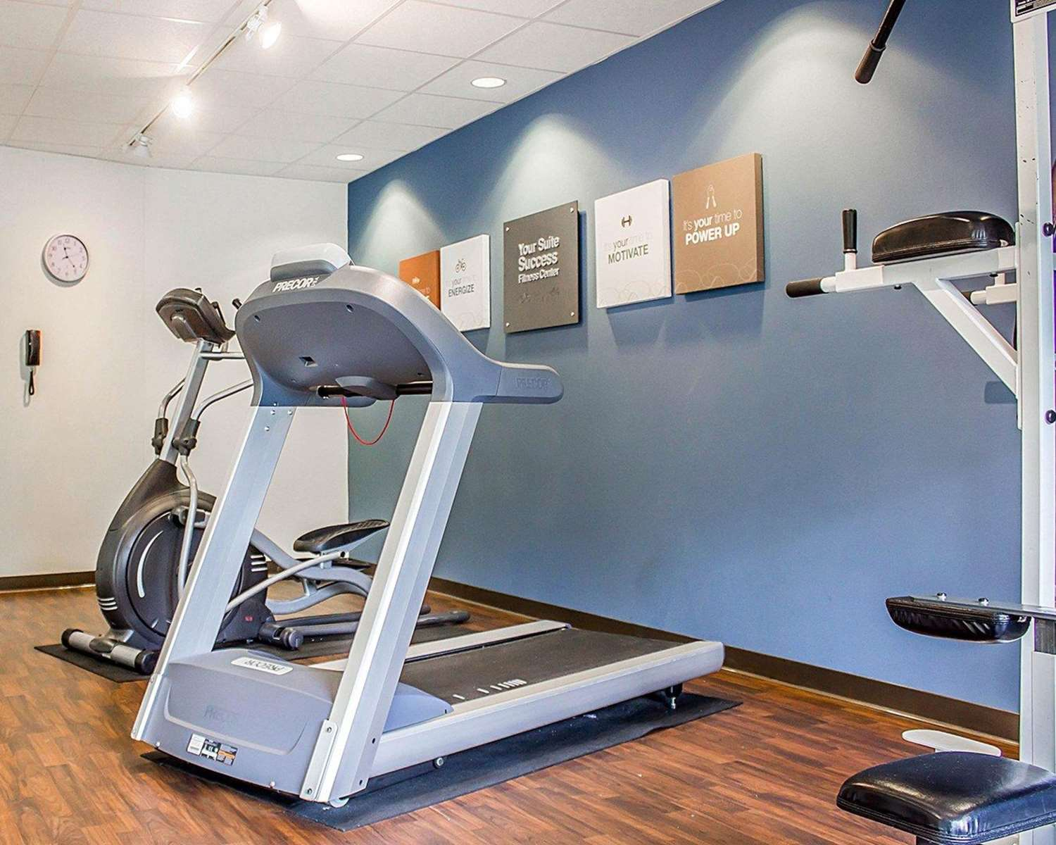 Fitness/ Exercise Room - Comfort Suites Southington