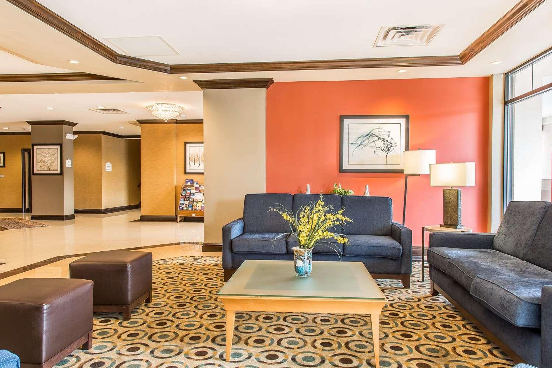 Lobby - Comfort Inn & Suites Meriden