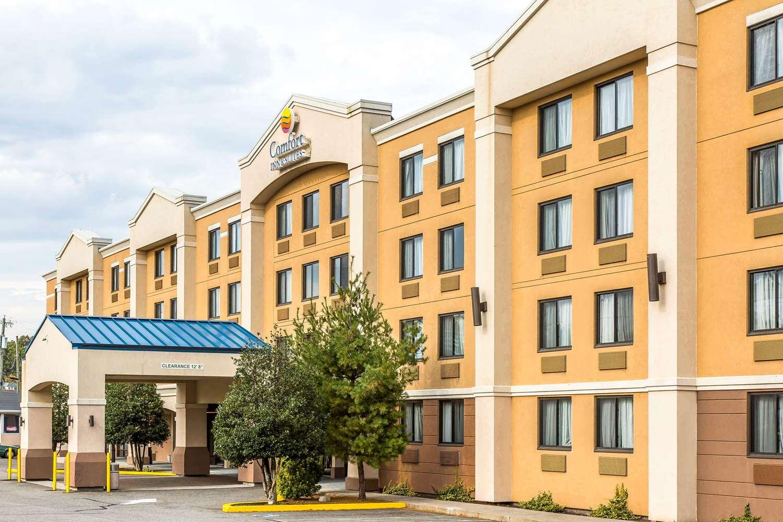 Exterior view - Comfort Inn & Suites Meriden