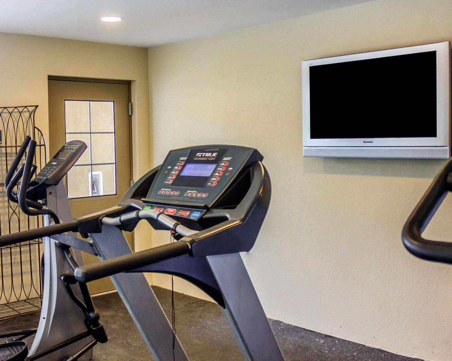 Fitness/ Exercise Room - Quality Inn Waterbury