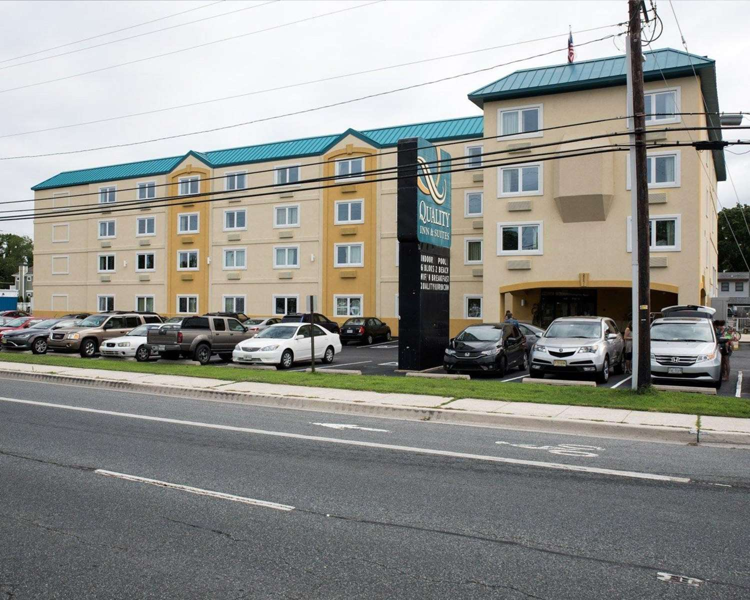 Exterior view - Quality Inn & Suites Rehoboth Beach