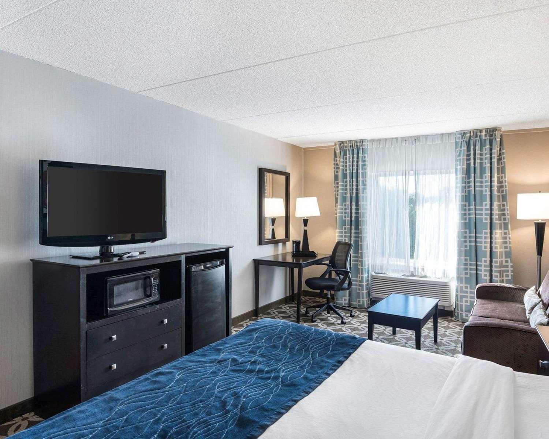 Room - Comfort Inn Rehoboth Beach