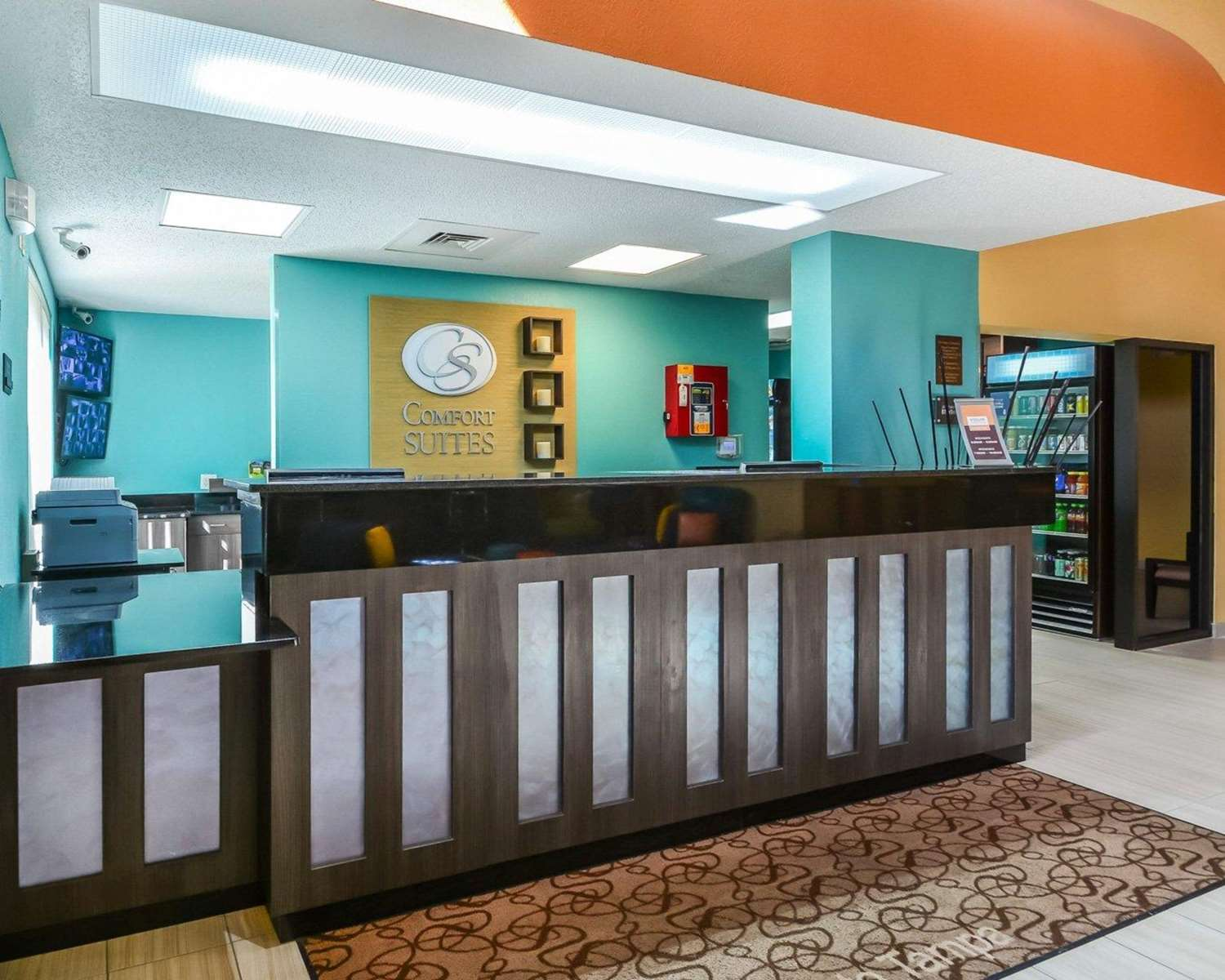 Lobby - Comfort Suites Southeast Tampa