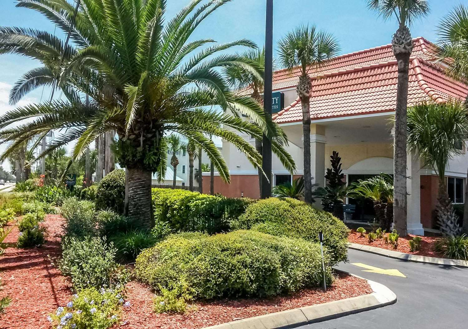 Exterior view - Quality Inn & Suites St. Augustine Beach