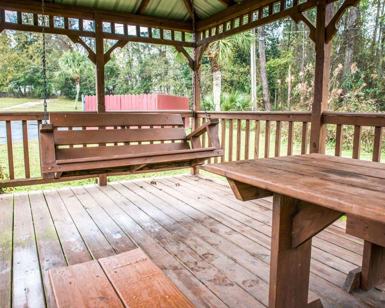 Other - Econo Lodge North Lake City