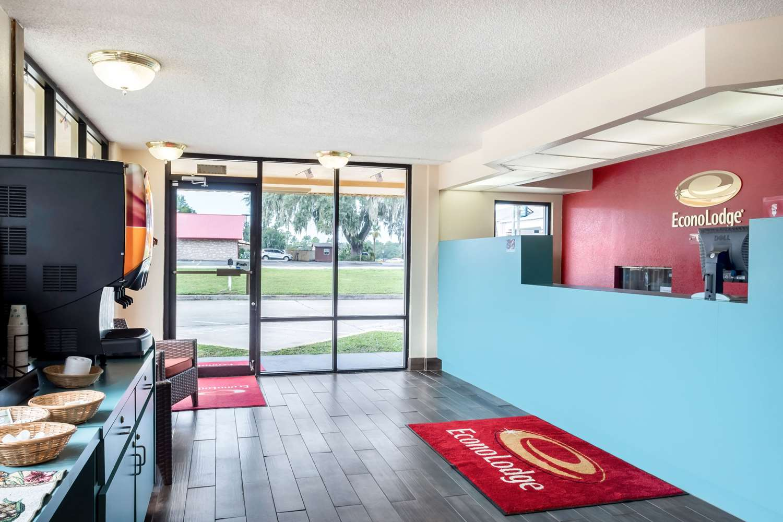 Lobby - Econo Lodge Live Oak