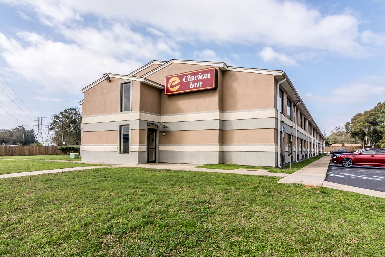 Clarion Inn Sam's Fun City Pensacola, FL - See Discounts