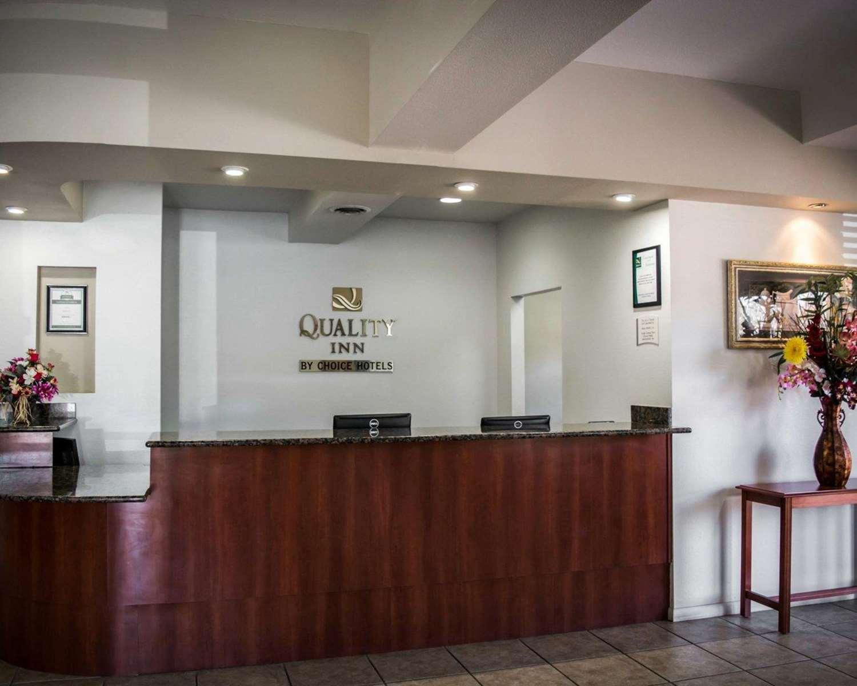 Lobby - Quality Inn Weeki Wachee