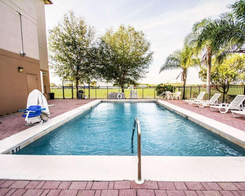 Pool - Sleep Inn Fort Pierce